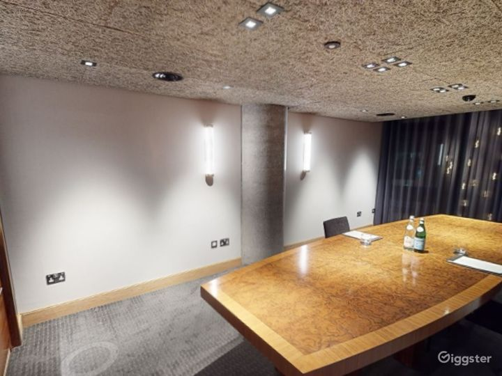 Modern Private Room 3 in Manchester  Photo 4