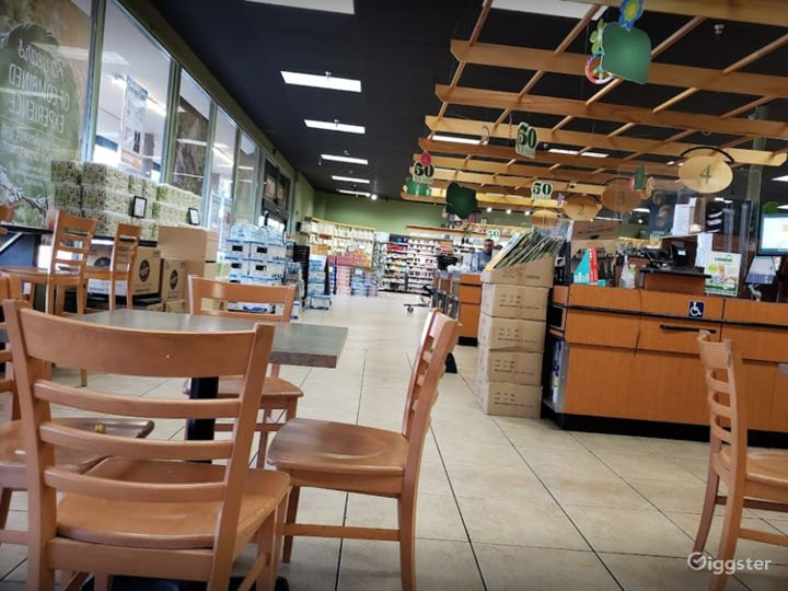 Spacious Health Food Store Perfect for Photoshoots and Productions in Bakersfield  Photo 3