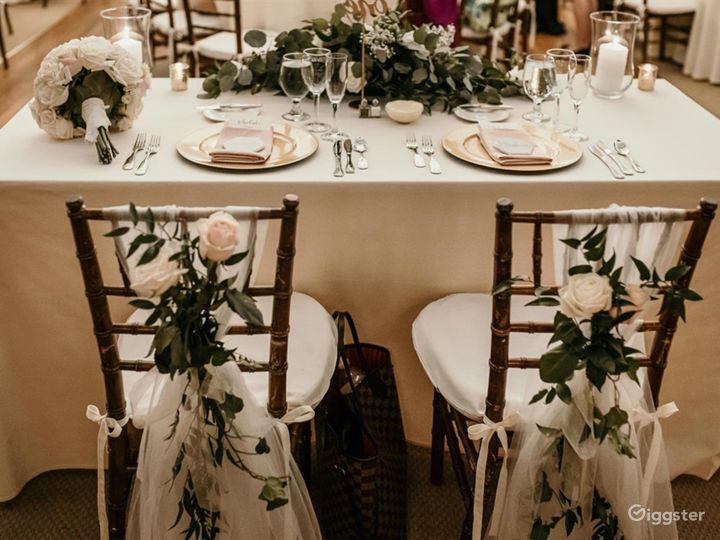 Elegant Main Dine-in Hamden Photo 2
