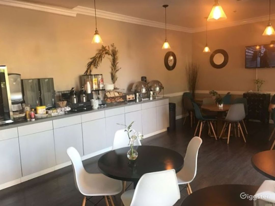 Cozy Cafe  Photo 1