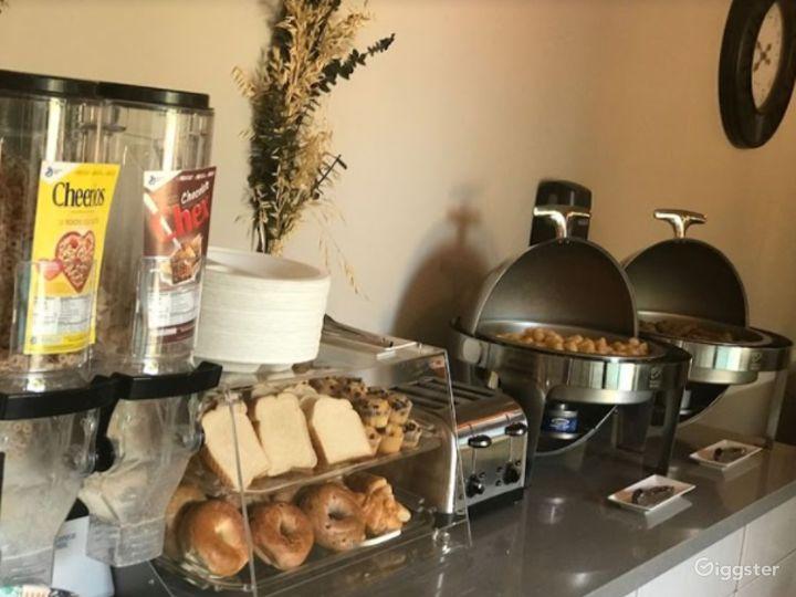 Cozy Cafe  Photo 5
