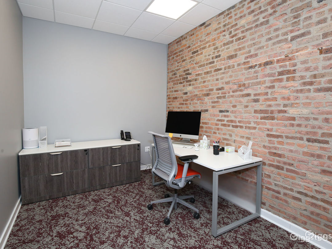 Small Private Offices & Meeting Rooms Photo 1
