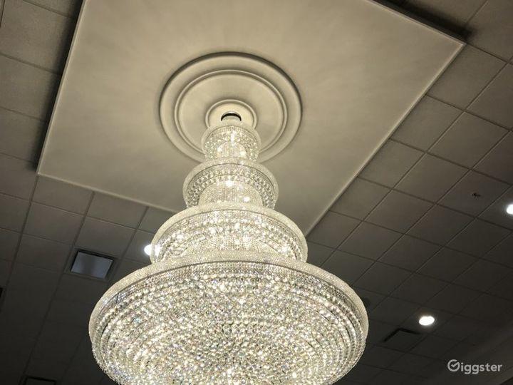 The Grand Statue Ballroom Photo 4