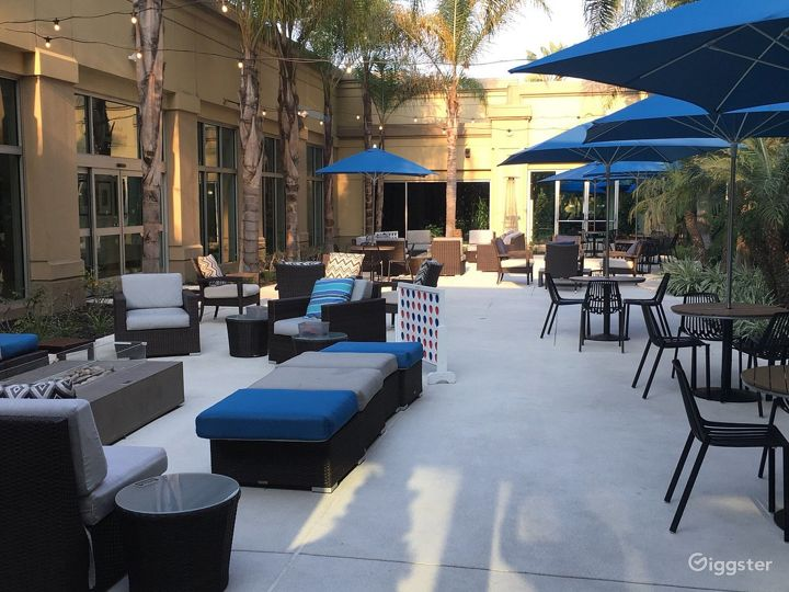 Amazing Patio For Your Gatherings Photo 2