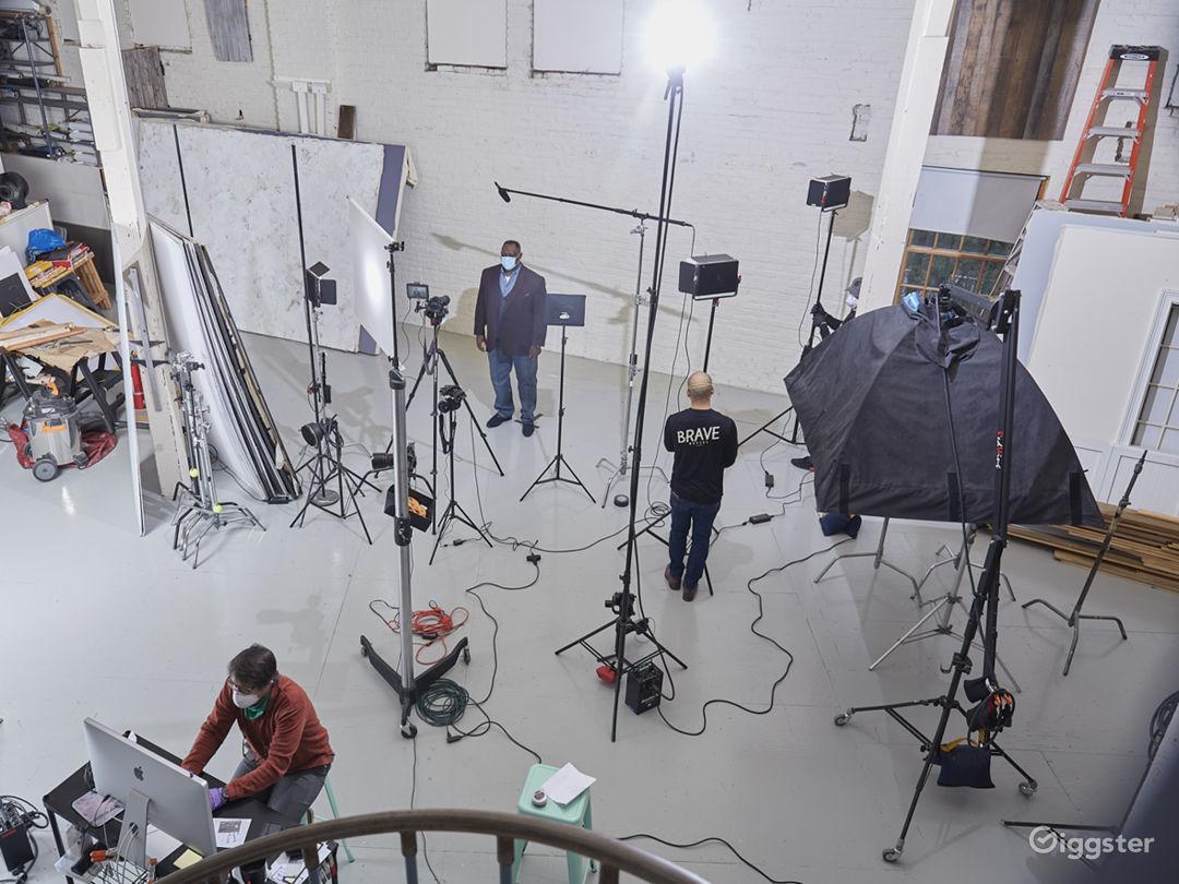 3400 sq ft STUDIO w/ VAULTED CEILINGS & PROP ROOM Photo 3
