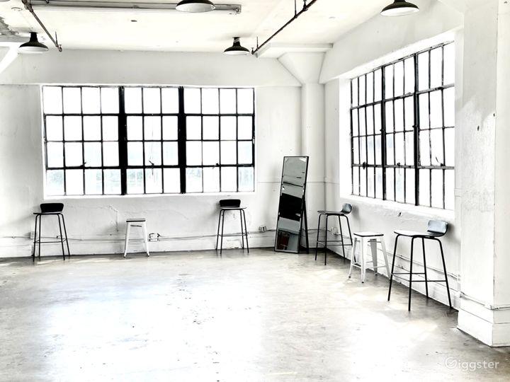 The Studio HTX: Small Downtown Industrial Studio Photo 2
