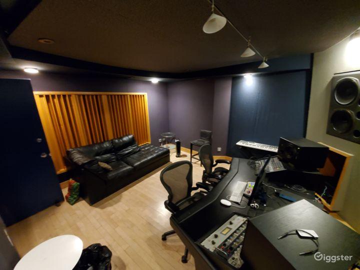 Private Film / Photo / Recording Studio in Midtown Photo 5
