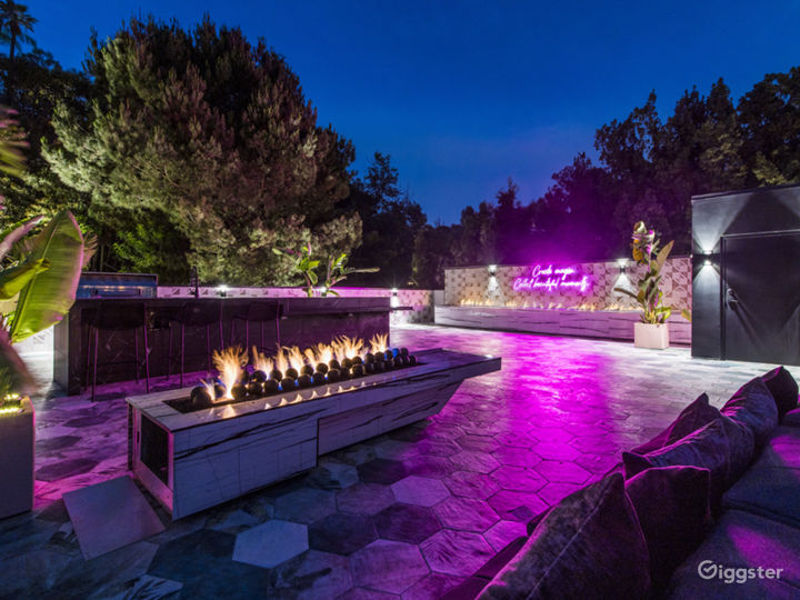 Modern open concept house with panoramic views Photo 4