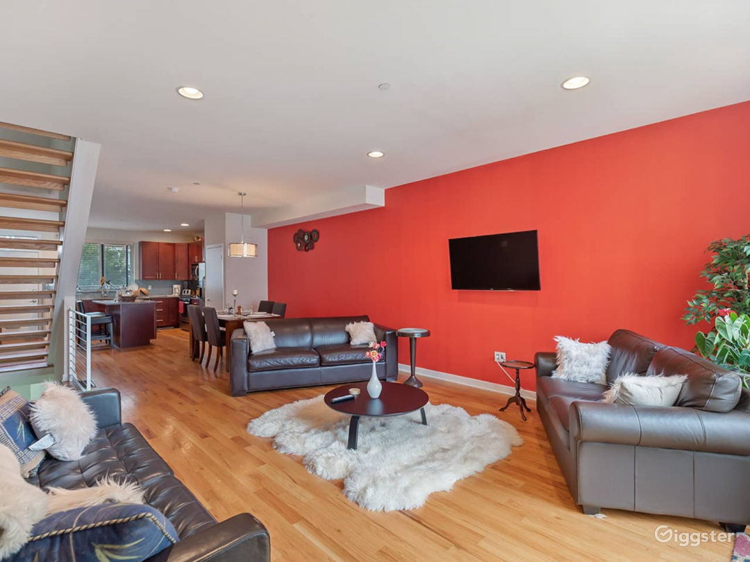 Townhome 5 min drive 2 Center City*Convention Ctr Photo 2