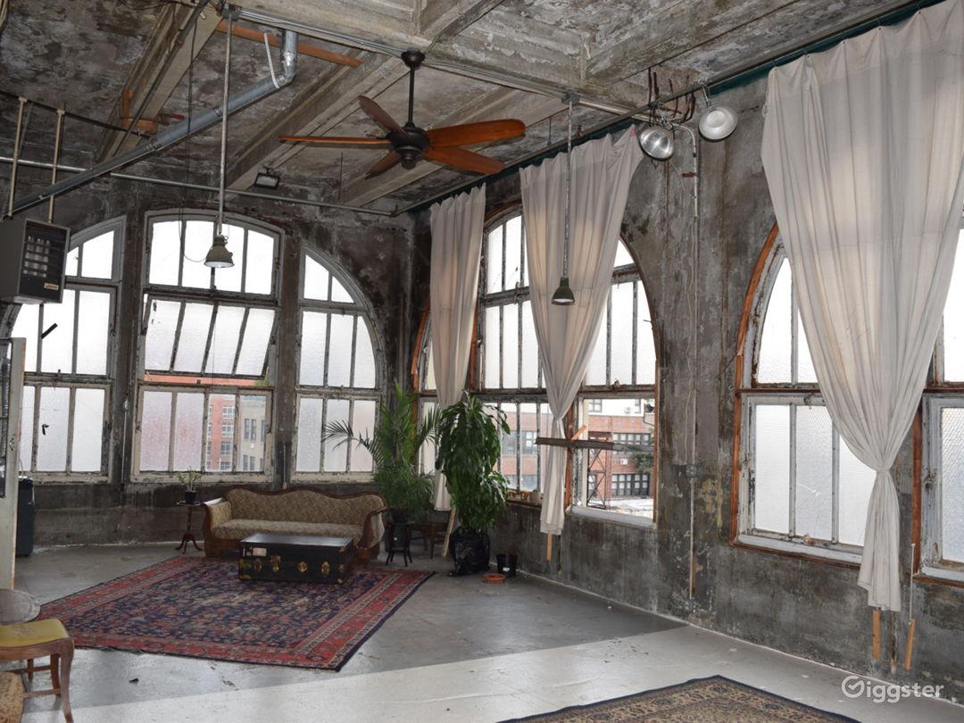Funky industrial loft: Location 5288 Photo 1