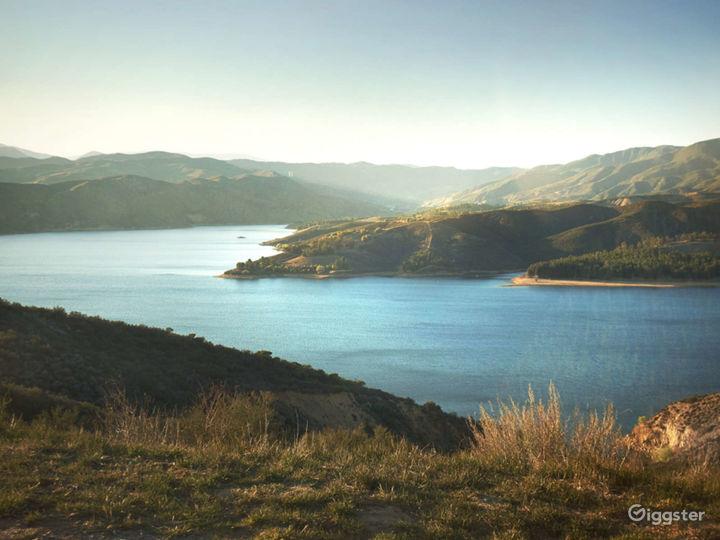 Tour on Lake Piru Photo 4