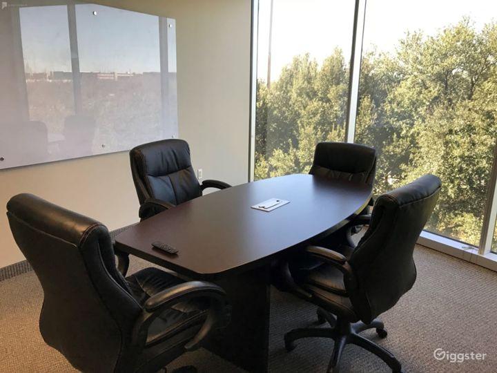 Small Conference Room in Dallas Photo 5