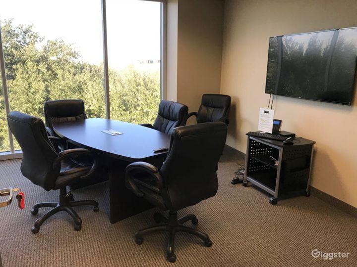 Small Conference Room in Dallas Photo 2