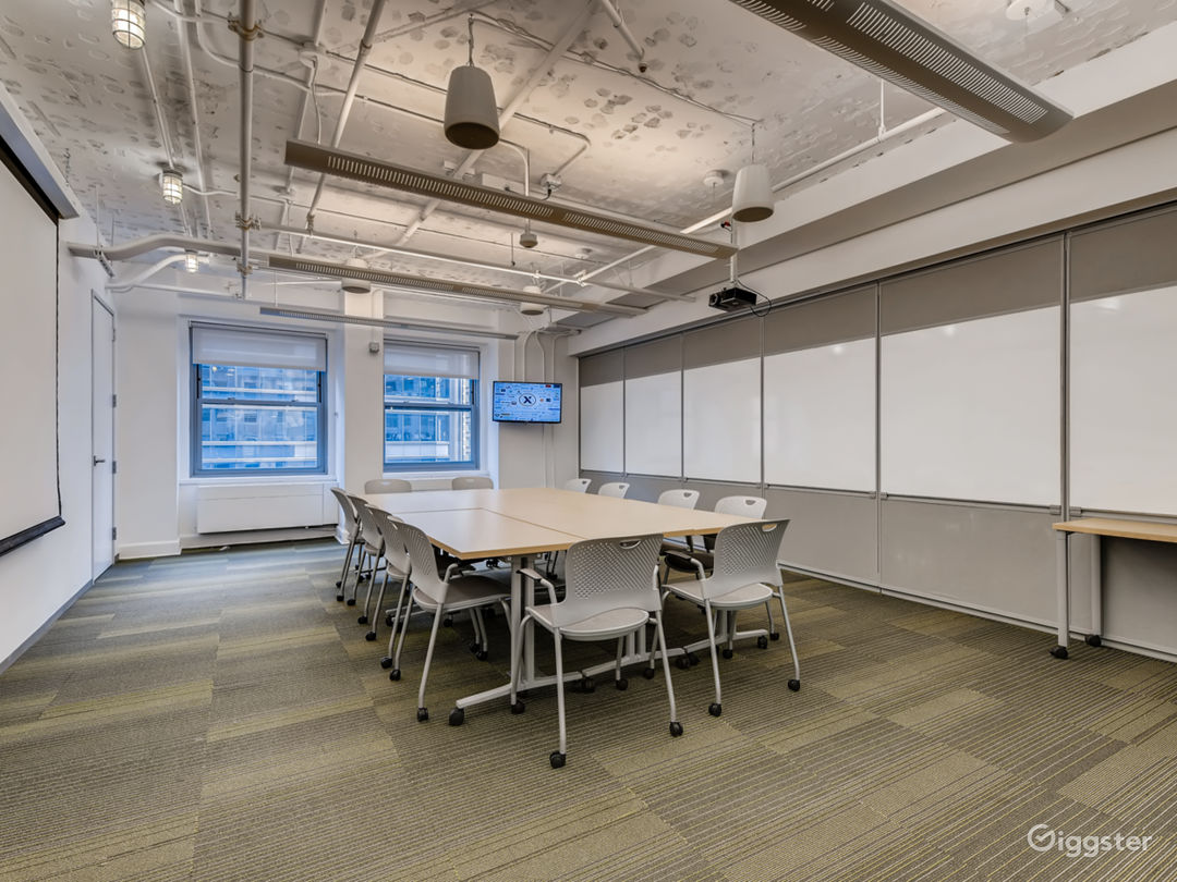 Spacious Meeting Space with a View Photo 1