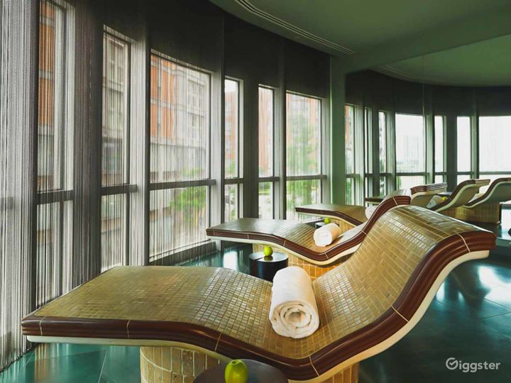 Relaxing East River Hotel Spa in Canary Wharf, London Photo 2