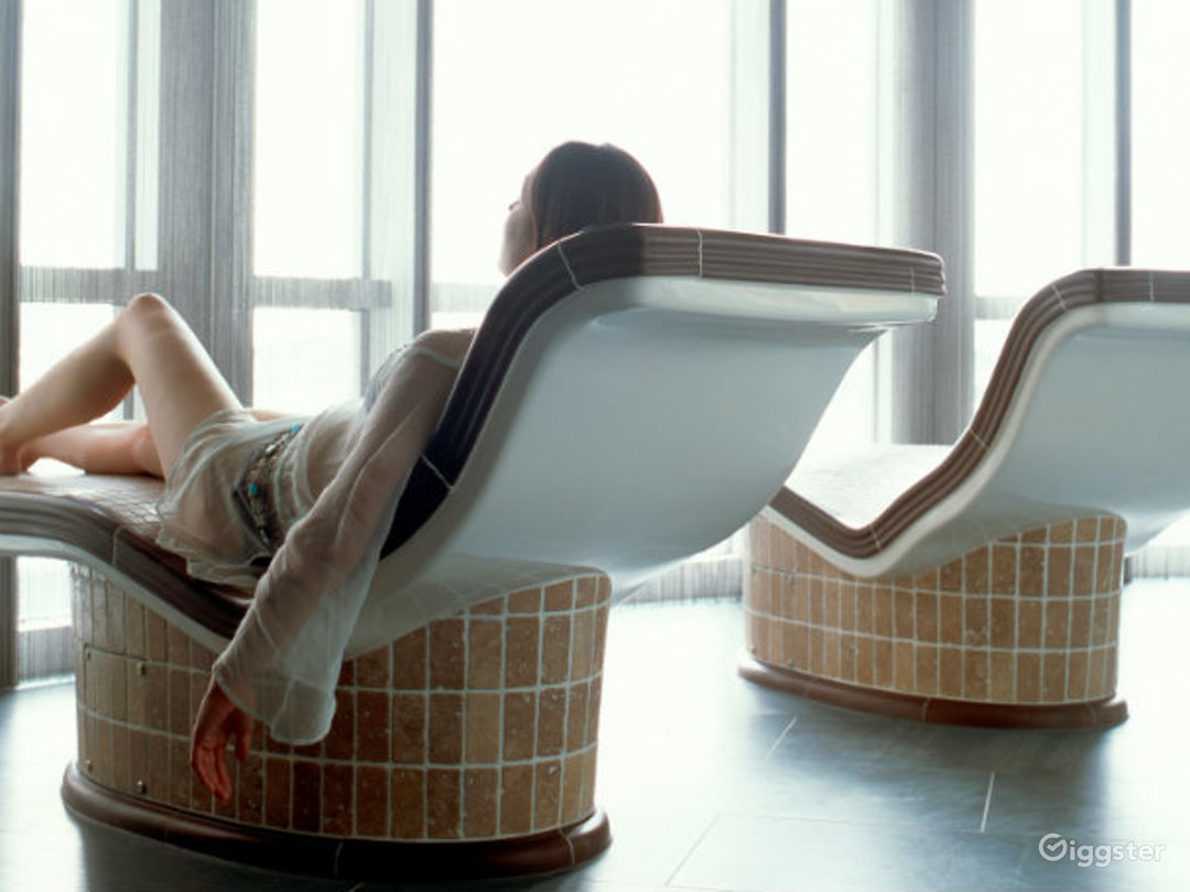 Relaxing East River Hotel Spa in Canary Wharf, London Photo 1