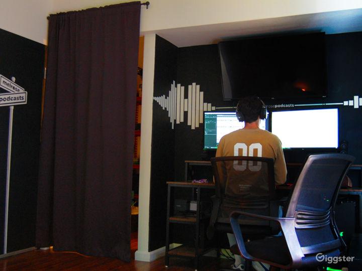 Professional Podcast Studio Photo 5