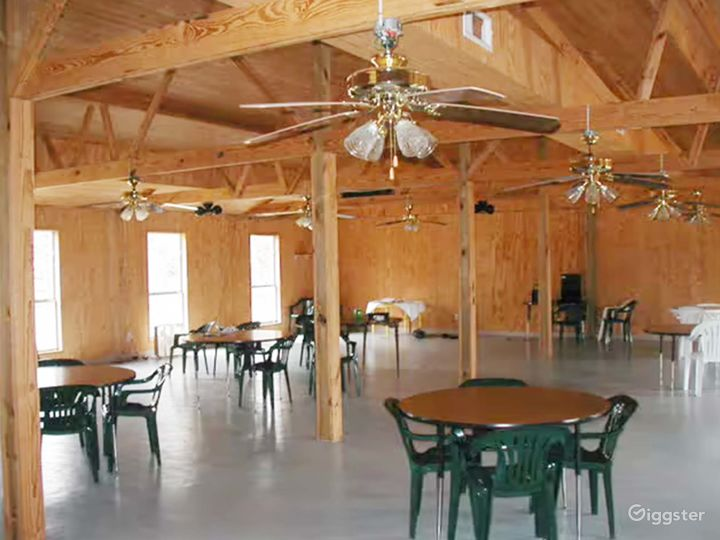Airy Banquet Hall in Cleveland Photo 5