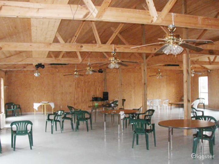 Airy Banquet Hall in Cleveland Photo 4