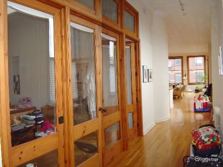 Soho loft apartment with rooftop: Location 4004 Photo 3