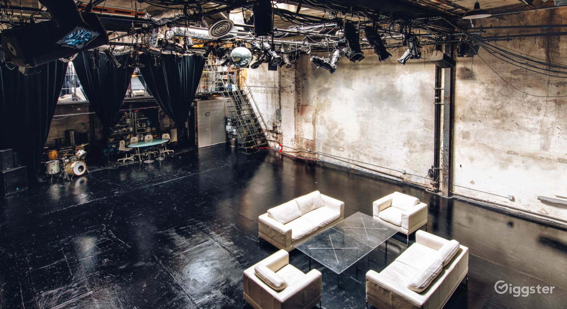 Our 2,500 square foot venue is ideal for film shoots, photo shoots, digital content creation, art/photography exhibits, and a holding area for cast/crews.
