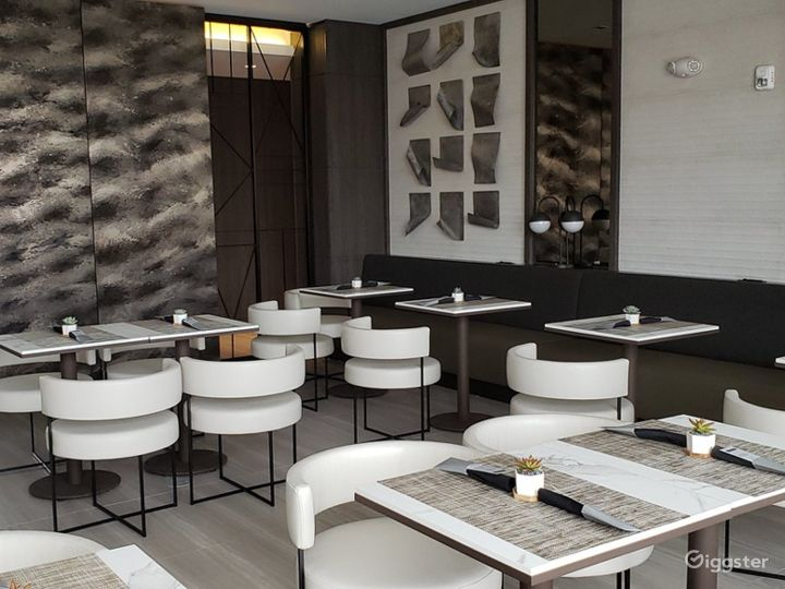 An Elegant Hotel Dining Space in Miami Photo 5