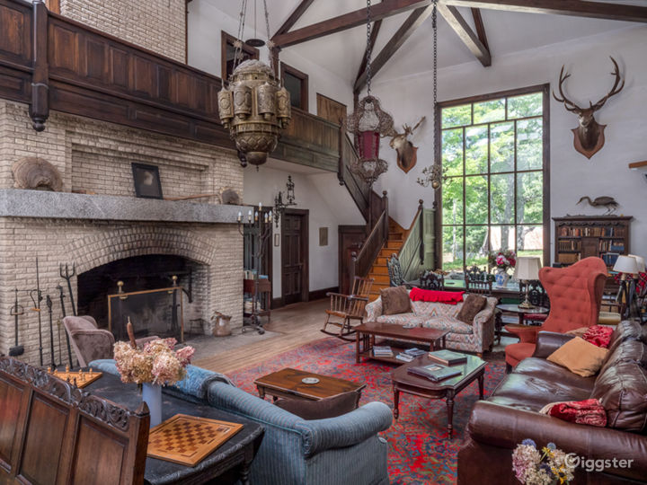 Historic Country Baronial Lodge in Maine Photo 4