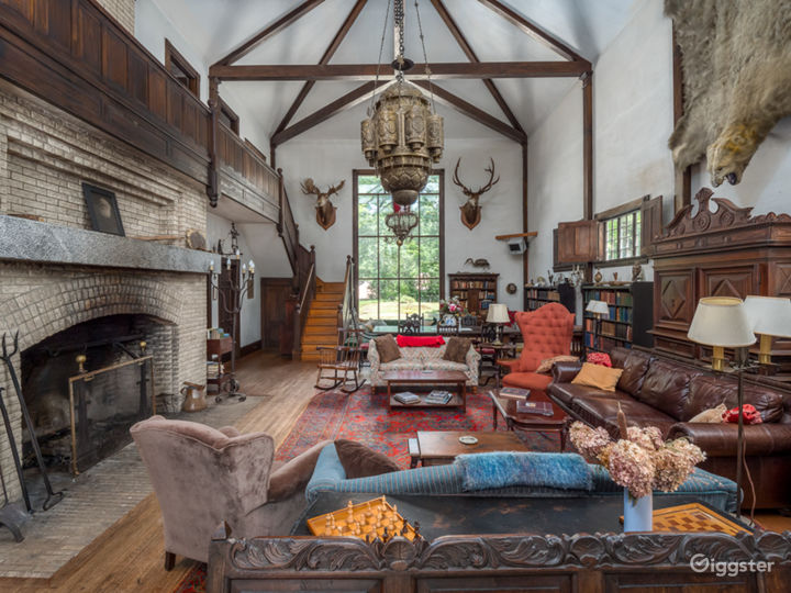 Historic Country Baronial Lodge in Maine Photo 3