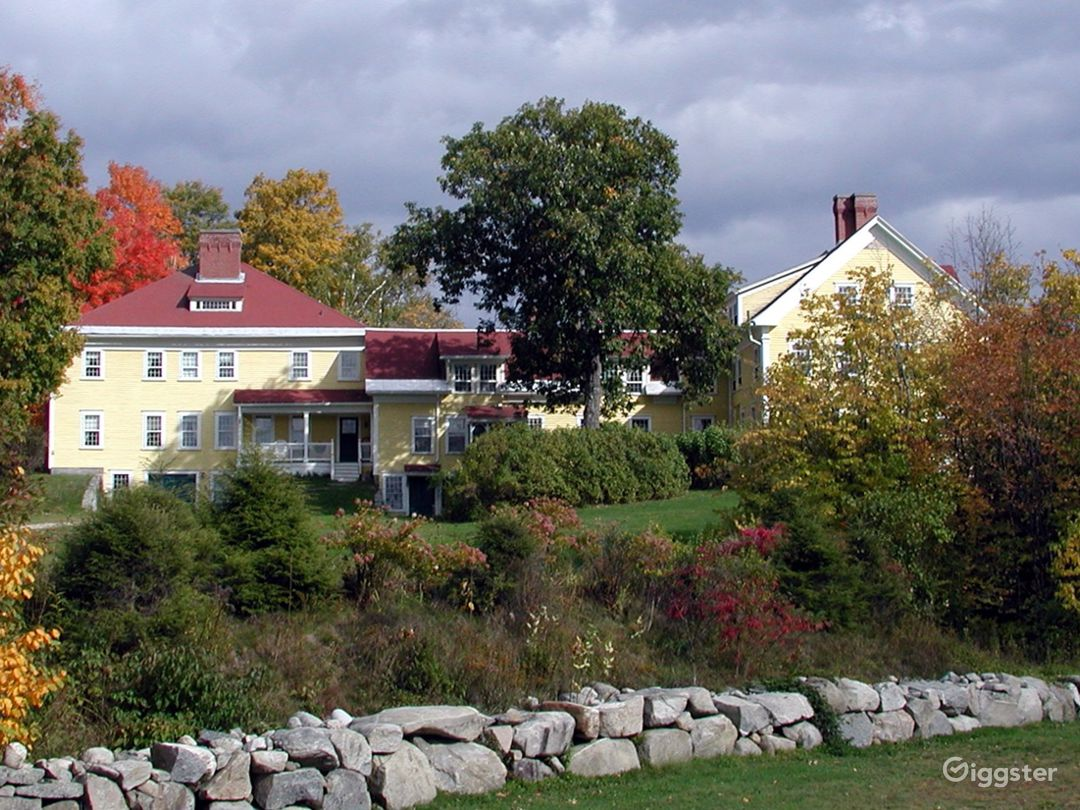 Historic Country Baronial Lodge in Maine Photo 2