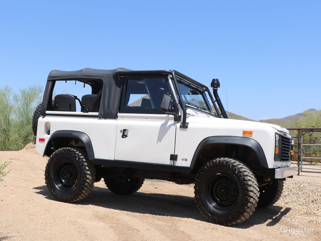 Land Rover Defender 90 Convertible SUV Classic Photo 2