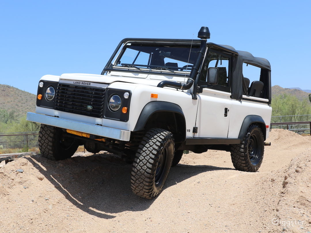 Land Rover Defender 90 Convertible SUV Classic Photo 3