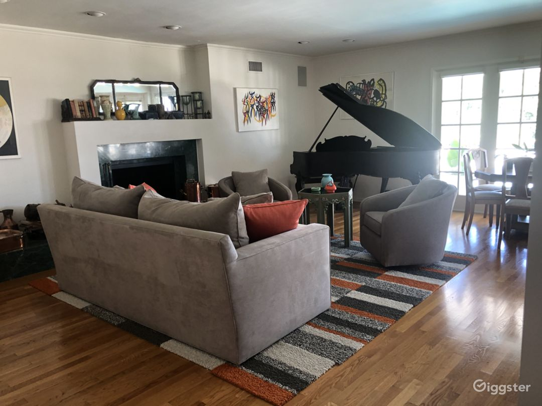 Living area with Steinway Grand Piano