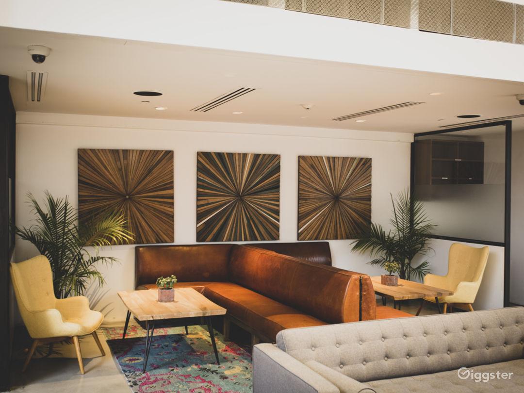 High End Kitchen & Bar | Versatile Venue Photo 4