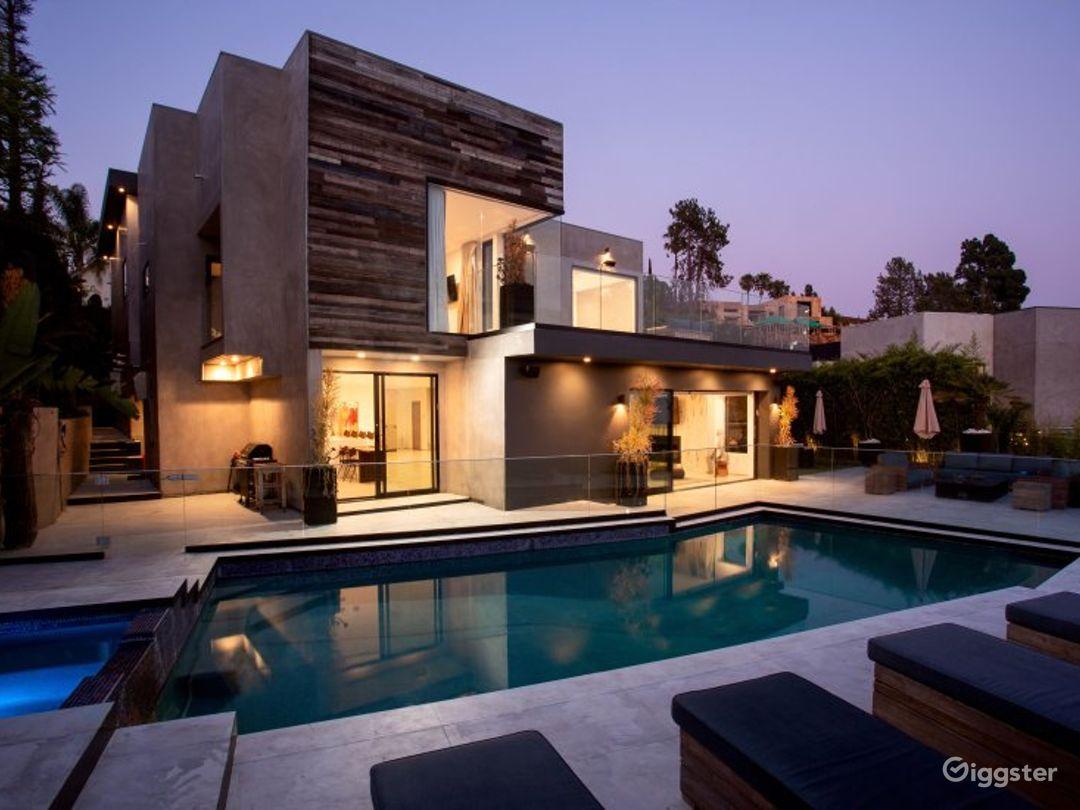 Modern Hollywood Estate Photo 1