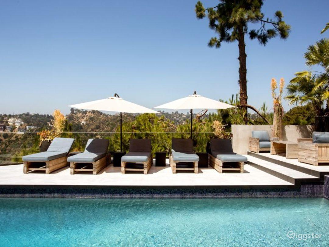 Modern Hollywood Estate Photo 4