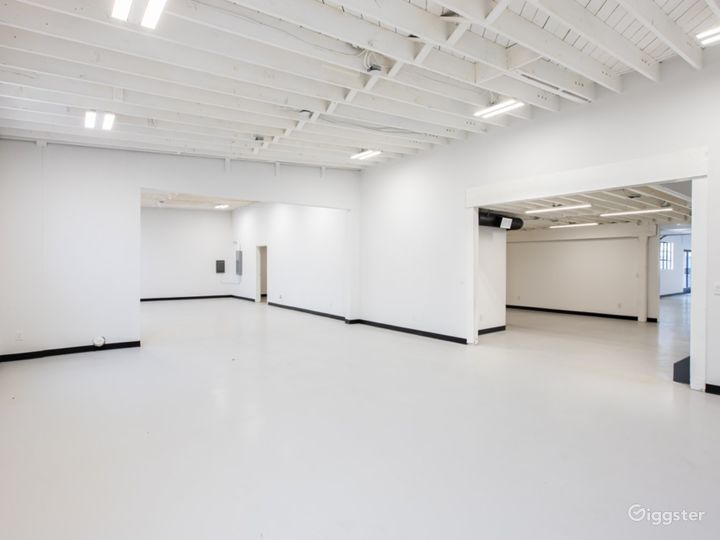 Industrial and Multi Studio Creative Space Photo 3