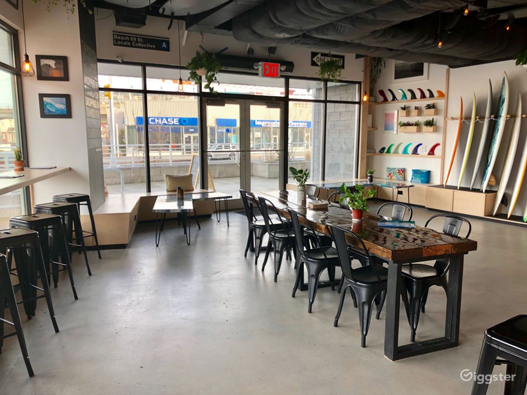 Beach Cafe & Holding Area Photo 1