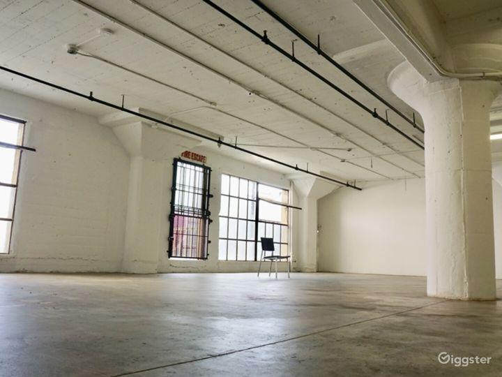 Downtown Studio Loft  Concrete and White Wall  Photo 2