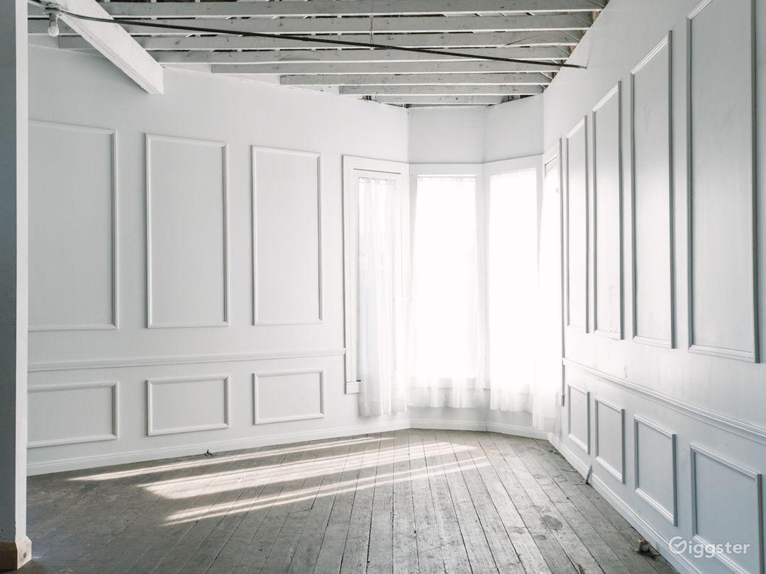 """Parisian """"Apartment"""" - Room w/ most natural light"""