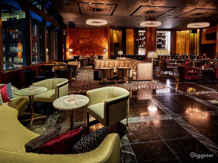 Premium Multi-faceted Lounge Photo 3