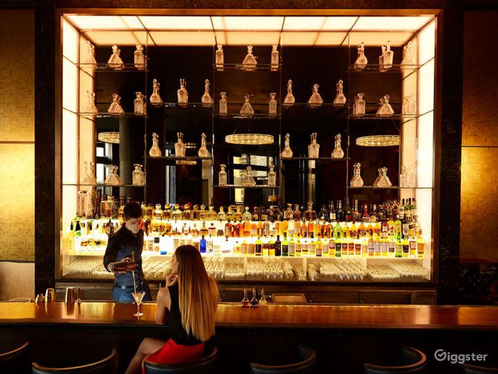 Premium Multi-faceted Lounge Photo 2