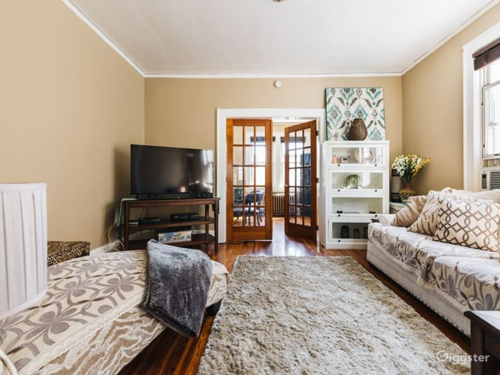 Well designed 2BR with Home Office Photo 2