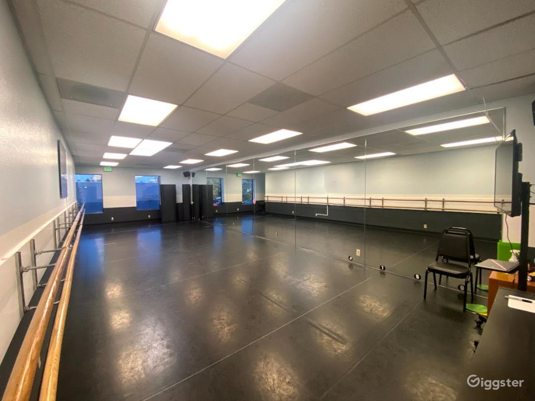 Studio 3 Photo 1