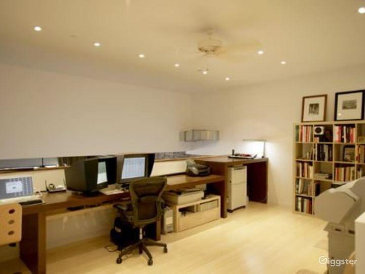 Photo studio style apartment: Location 4022 Photo 3