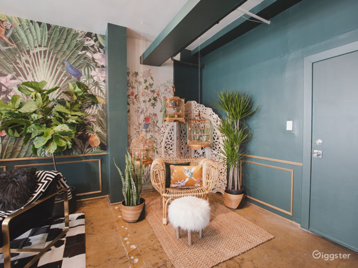 DTLA Sun Drenched Luxury Unique Jungle with Piano Photo 4