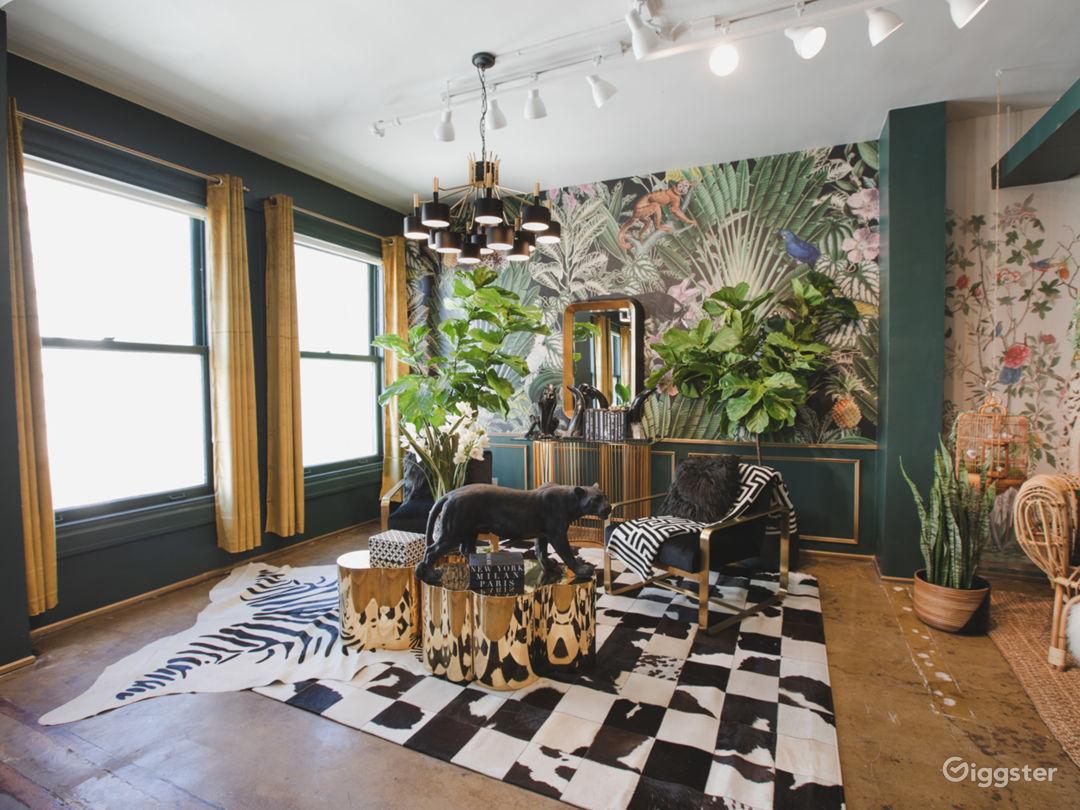 DTLA Sun Drenched Luxury Unique Jungle with Piano Photo 3