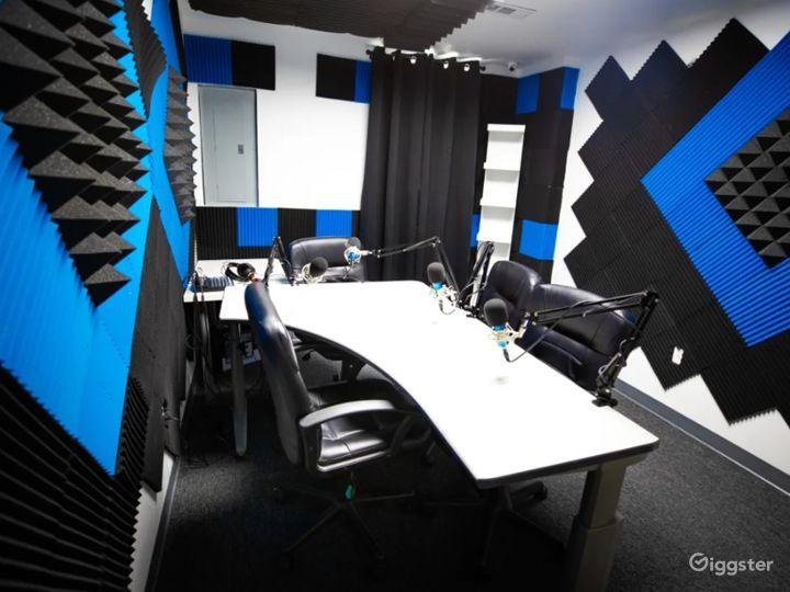 Black and Blue Podcast Recording Studio Photo 4