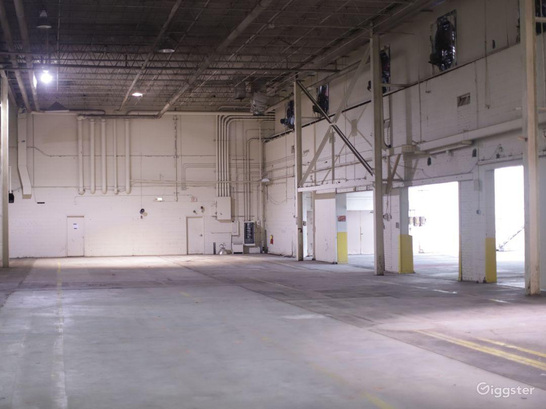Industrial Warehouse - West End Production Park Photo 5