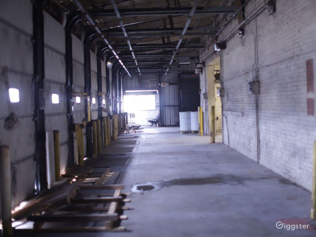 Industrial Warehouse - West End Production Park Photo 4