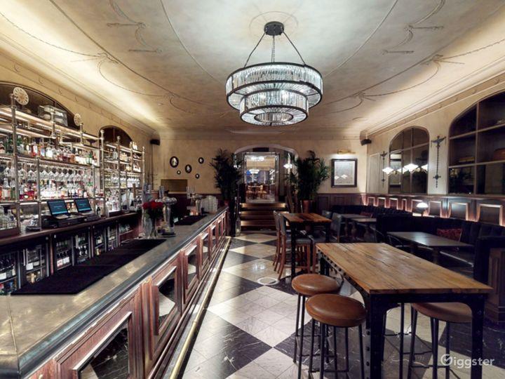 Scottish Elegant Bar in Edinburgh Photo 4